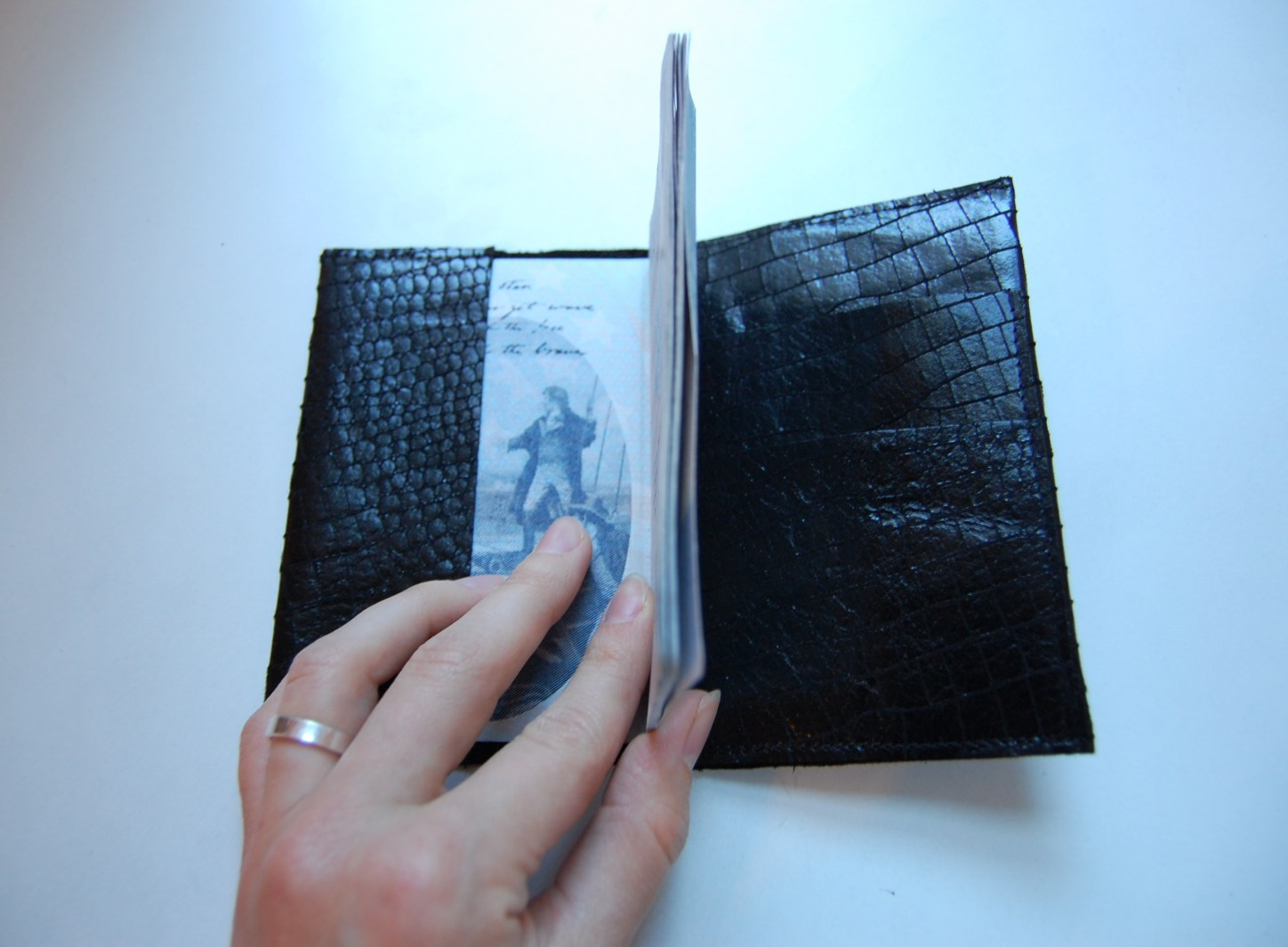 DIY leather passport holder/cover tutorial
