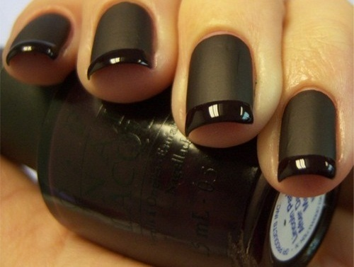 DIY nail manicure shiny and matte