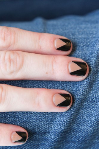 DIY chevron nail manicure